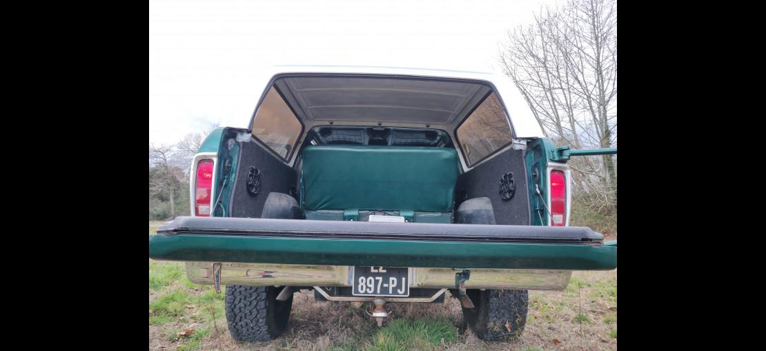 image-0 Ford Bronco